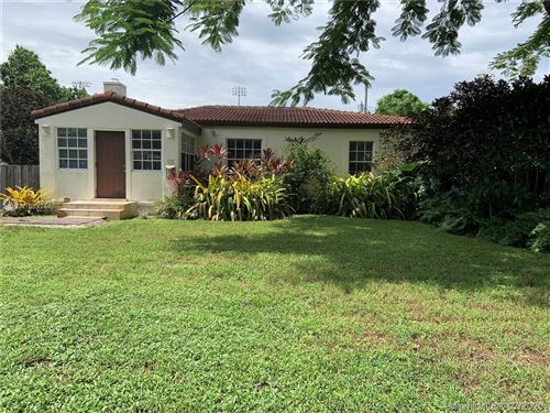 Photo of Listing MLS a10897443 in 131 NW 110th St Miami Shores FL 33168