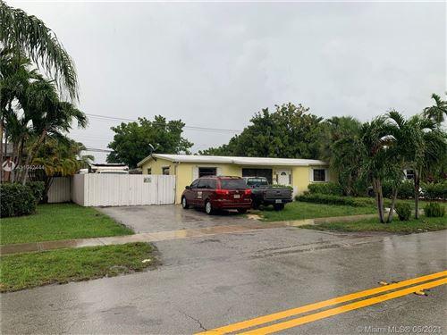 Photo of 2855 SW 93rd Ct, Miami, FL 33165 (MLS # A11042444)