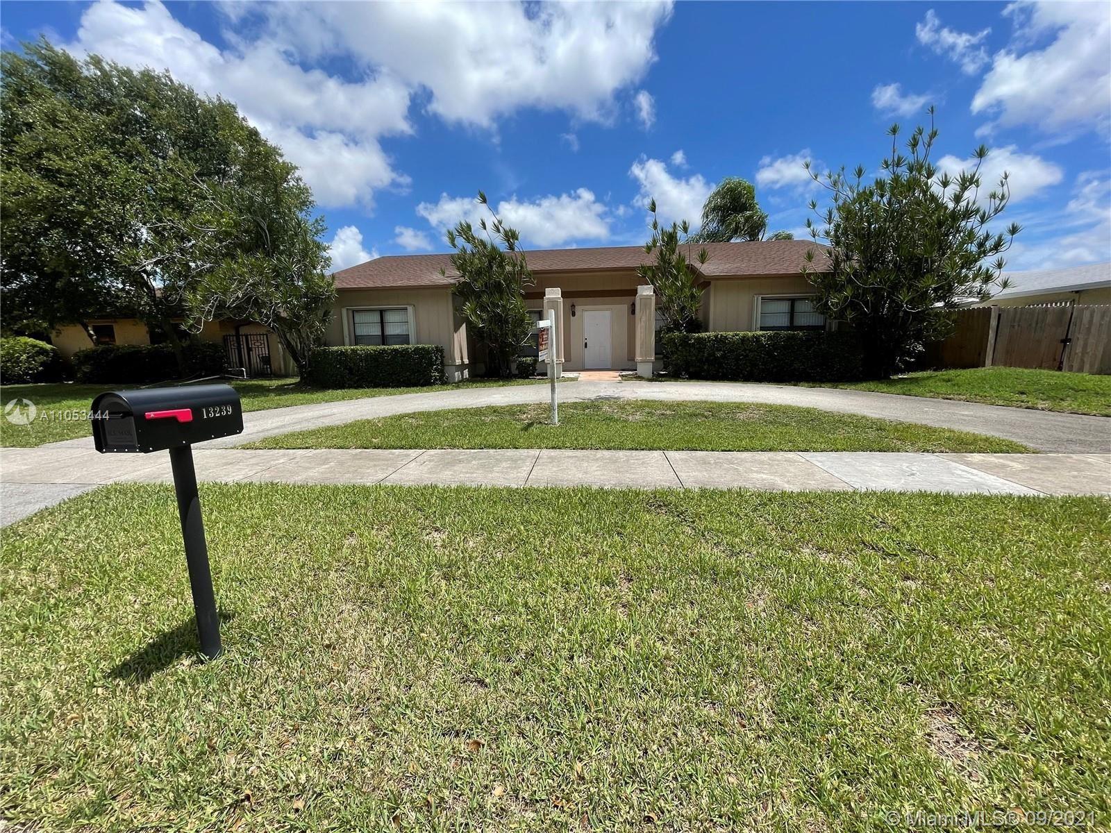 13239 SW 87th Ter, Miami, FL 33183 - #: A11053444