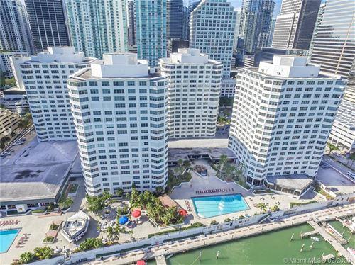 Photo of 825 Brickell Bay Dr #1547, Miami, FL 33131 (MLS # A10932445)