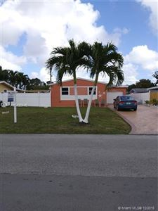 Photo of 1511 N 68th TER, Hollywood, FL 33024 (MLS # A10423446)