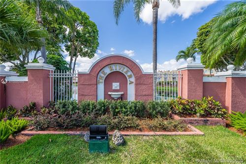 Photo of Listing MLS a10840446 in 8650 NW 3rd Ln #403 Miami FL 33126