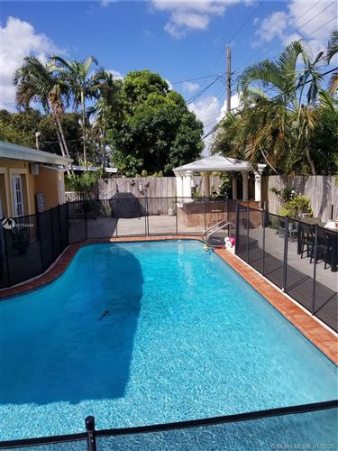 Photo of Listing MLS a10754448 in 6501 Coolidge St Hollywood FL 33024