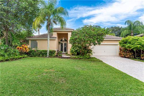 Photo of 2609 Oakbrook Ct #2609, Weston, FL 33332 (MLS # A11101448)