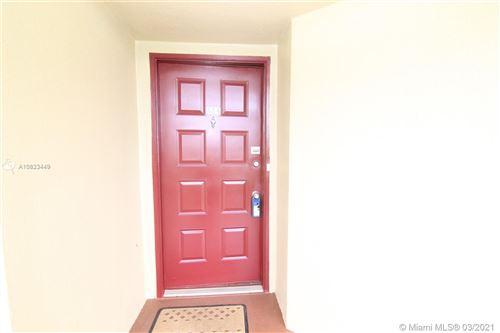 Foto de inmueble con direccion 12800 SW 7th Ct #404G Pembroke Pines FL 33027 con MLS A10823449