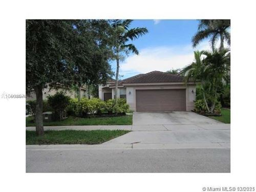 Photo of 1610 Sweetgum Ter, Weston, FL 33327 (MLS # A11008449)