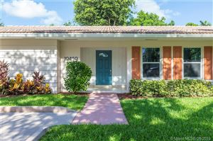 Photo of 10840 SW 78th Ave #50, Pinecrest, FL 33156 (MLS # A10724450)