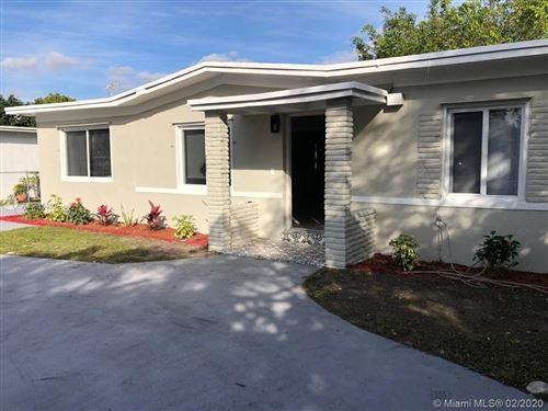 Foto de inmueble con direccion 14075 NW 5th Pl North Miami FL 33168 con MLS A10815450