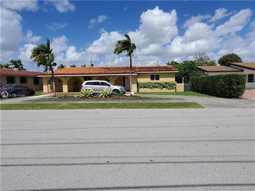 Photo of 10575 SW 28th St, Miami, FL 33165 (MLS # A11014450)
