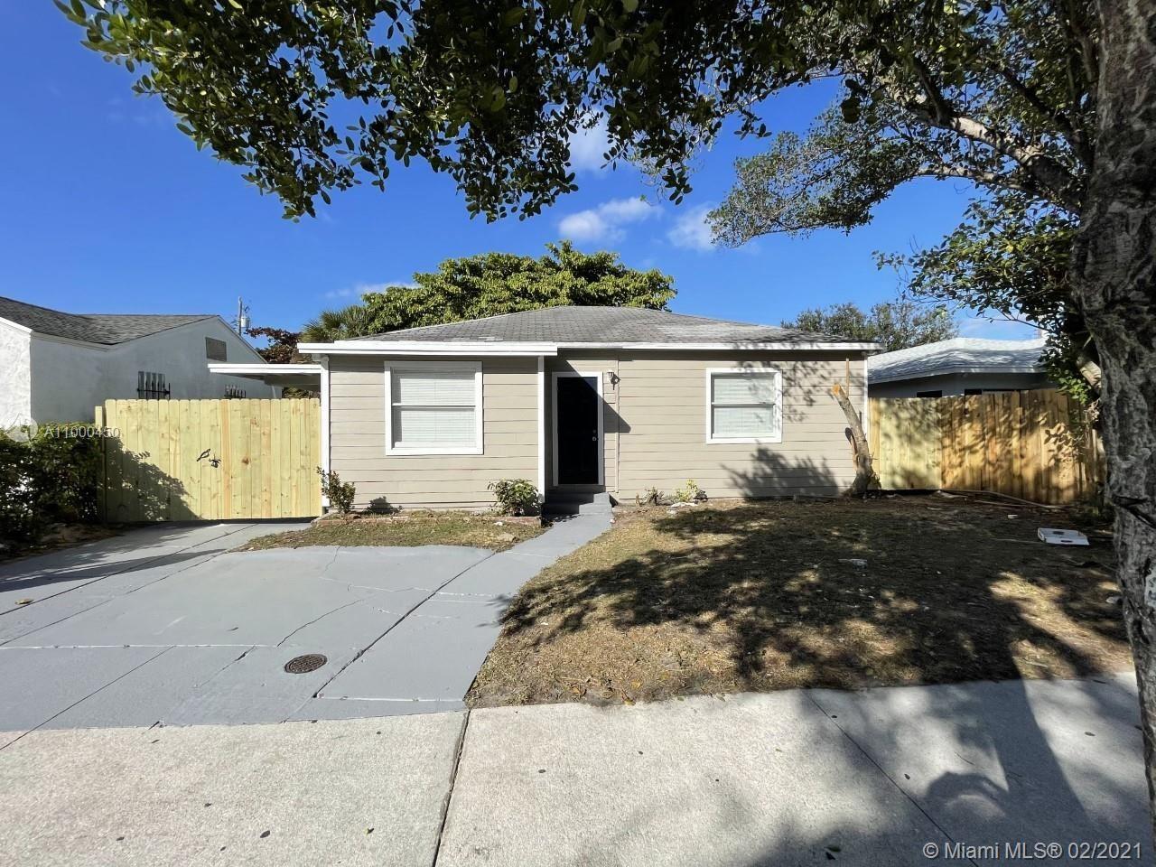 717 54th St, West Palm Beach, FL 33407 - #: A11000450