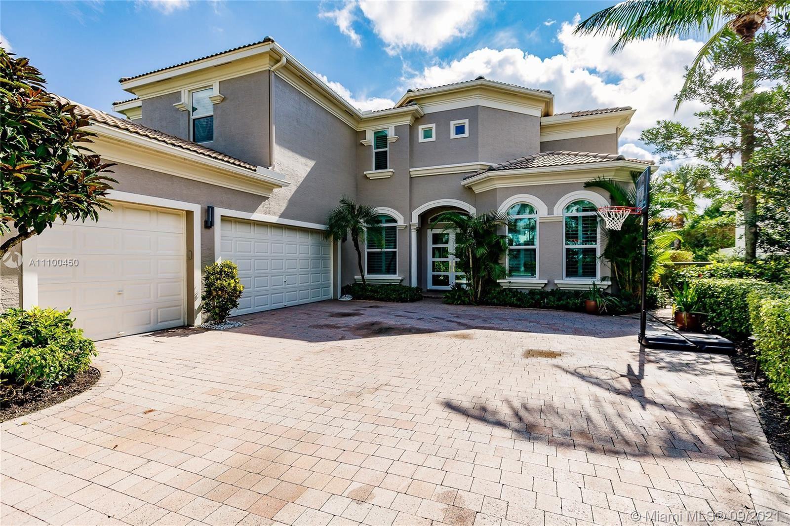 Photo of 405 Via Placita, Palm Beach Gardens, FL 33418 (MLS # A11100450)