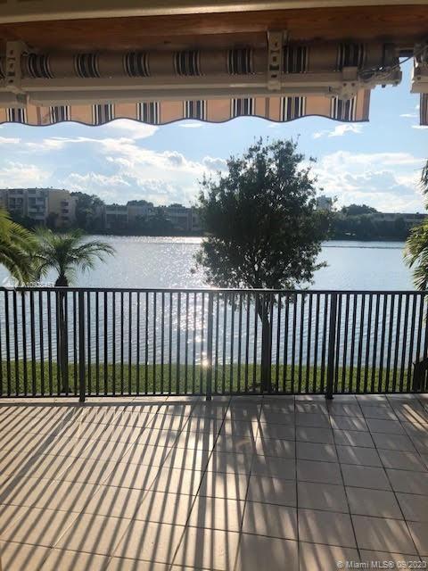 9165 Fontainebleau Blvd #4, Miami, FL 33172 - #: A10928451