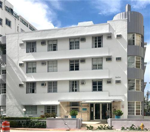 Photo of 3030 Collins Ave #1G, Miami Beach, FL 33140 (MLS # A10947453)