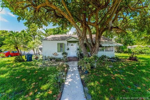 Photo of Listing MLS a10878455 in 602 S 24th Ave Hollywood FL 33020