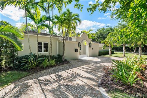 Photo of 838 Milan Ave, Coral Gables, FL 33134 (MLS # A10884456)