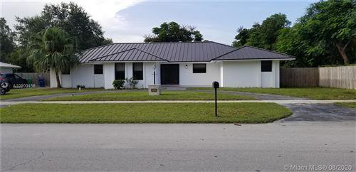 Photo of 7741 SW 176 ST, Palmetto Bay, FL 33157 (MLS # A10900456)