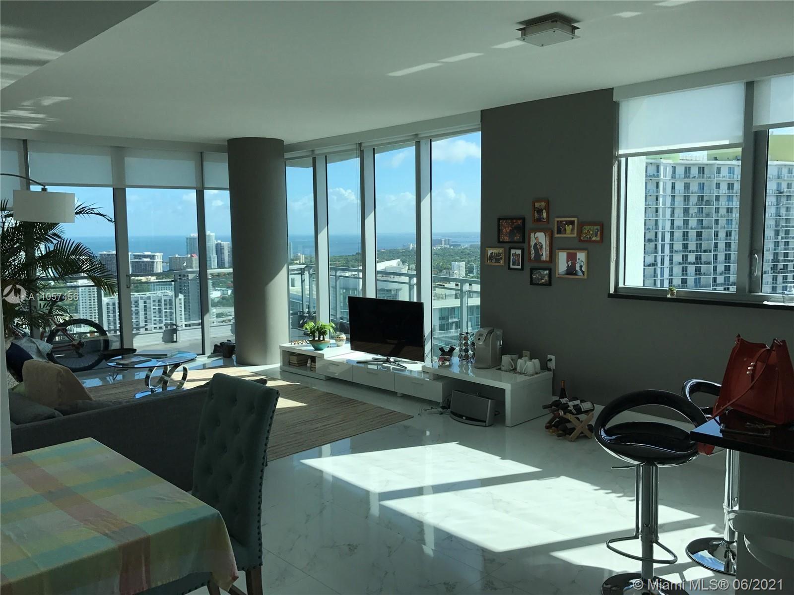 92 SW 3rd St #4205, Miami, FL 33130 - #: A11057456