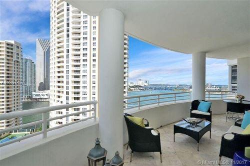 Foto de inmueble con direccion 808 Brickell Key Dr #1905 Miami FL 33131 con MLS A10367457