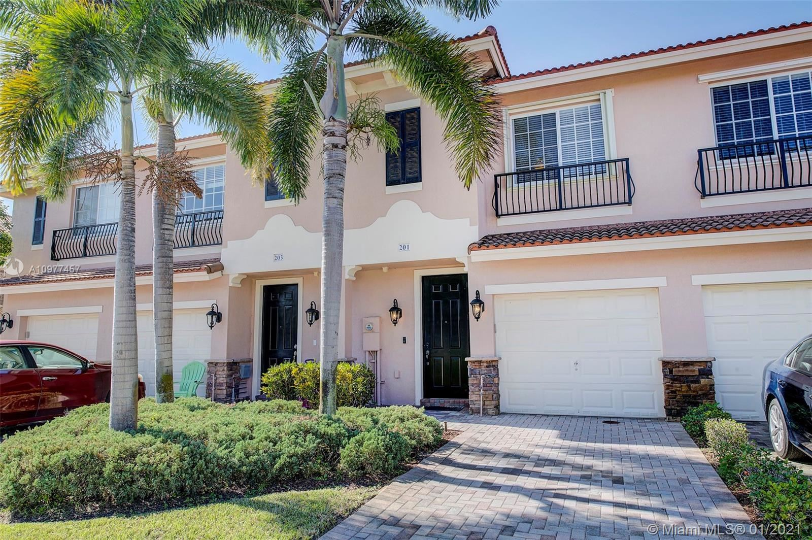 201 Las Brisas Cir, Sunrise, FL 33326 - #: A10977457