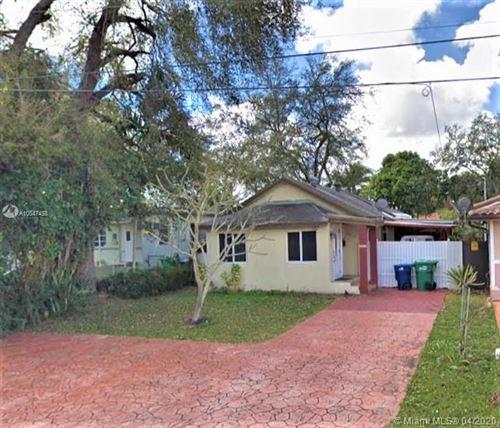 Foto de inmueble con direccion 2212 SW 62nd Ct Miami FL 33155 con MLS A10847458