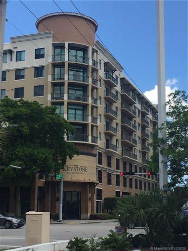 Foto de inmueble con direccion 3590 Coral Way #610 Miami FL 33145 con MLS A10919461