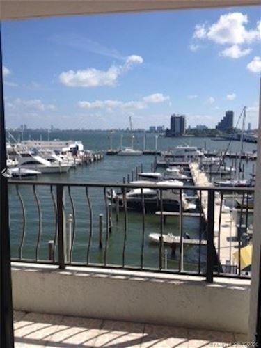 Foto de inmueble con direccion 555 NE 15th St #416 Miami FL 33132 con MLS A10743462