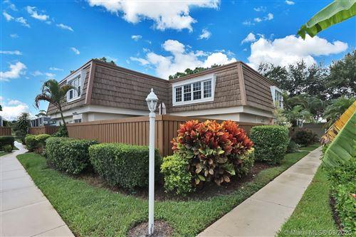 Photo of 11580 Winchester Dr, Palm Beach Gardens, FL 33410 (MLS # A10926462)