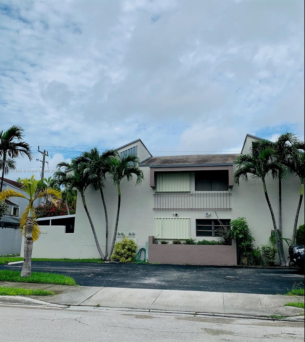 Photo of 15814 SW 91st Ct #D, Palmetto Bay, FL 33157 (MLS # A11101462)