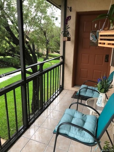 351 LAKEVIEW DRIVE #202, Weston, FL 33326 - #: A10910463