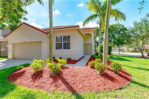 Photo of 593 Pigeon Plum Way, Weston, FL 33327 (MLS # A10685464)