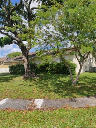 Photo of 990 SW 82nd Ave, North Lauderdale, FL 33068 (MLS # A10834464)
