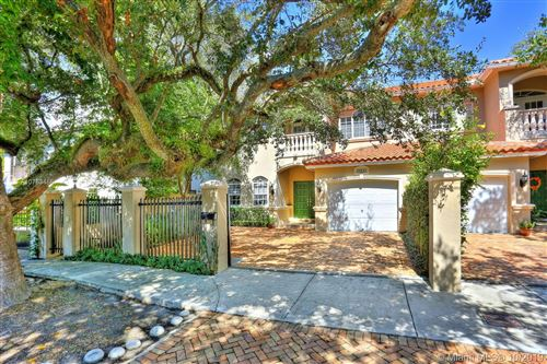 Photo of Listing MLS a10763466 in 2867 Day Ave #2867 Coconut Grove FL 33133