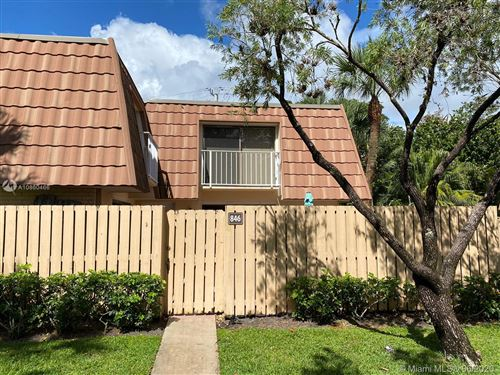 Photo of Listing MLS a10860466 in 846 Blue Ridge Cir West Palm Beach FL 33409