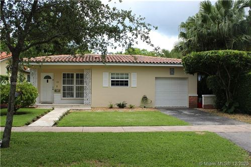 Photo of 418 Savona Ave, Coral Gables, FL 33146 (MLS # A10964466)