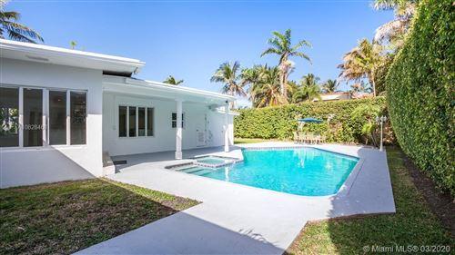 Foto de inmueble con direccion 5111 Cherokee Ave Miami Beach FL 33140 con MLS A10828468