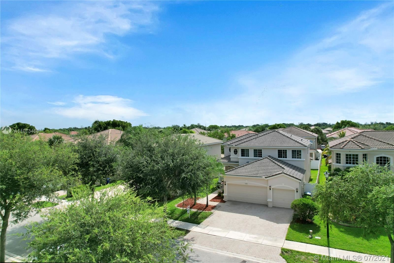 Photo of 6180 SW 195th Ave, Pembroke Pines, FL 33332 (MLS # A11073468)