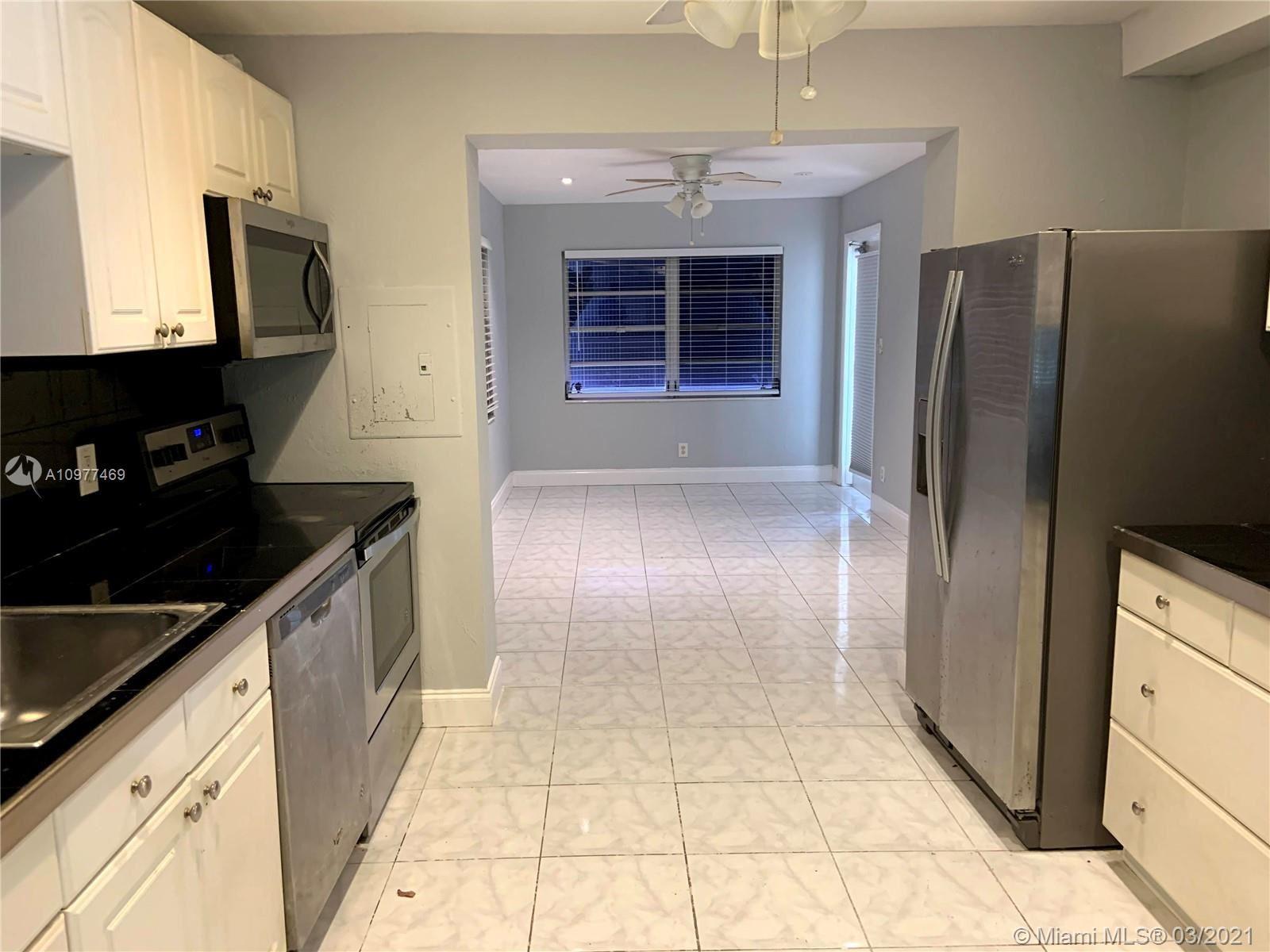 126 Ronald Rd, West Park, FL 33023 - #: A10977469
