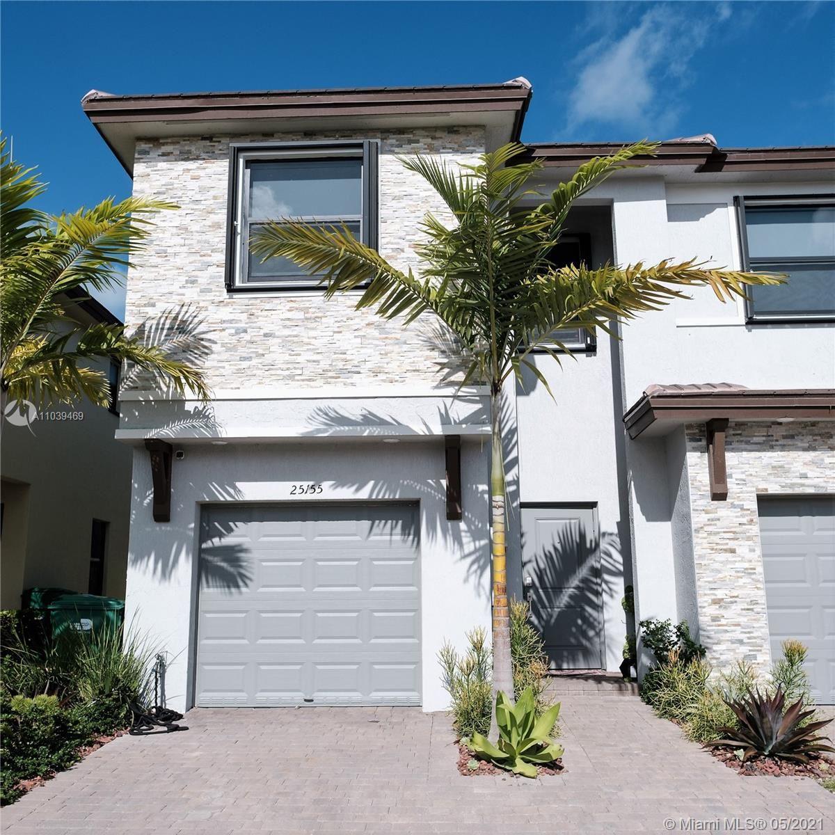 Photo of 25155 SW 107th Ct, Miami, FL 33032 (MLS # A11039469)