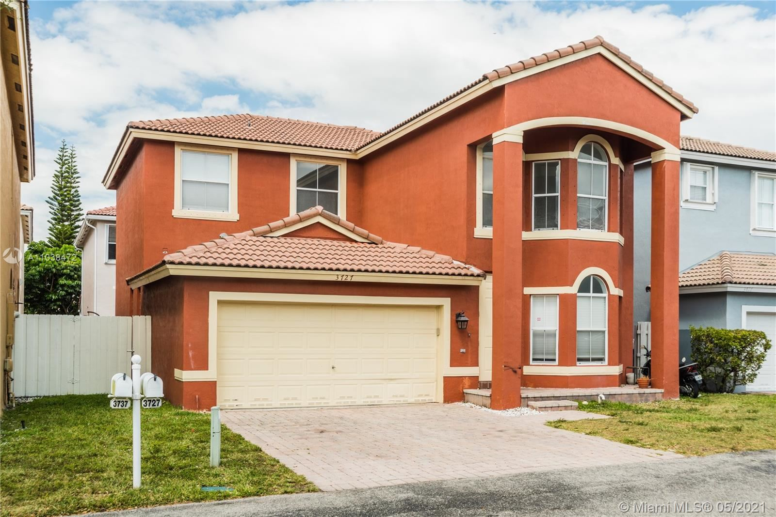 Photo of 3727 SW 50th Ct, Hollywood, FL 33312 (MLS # A11038472)