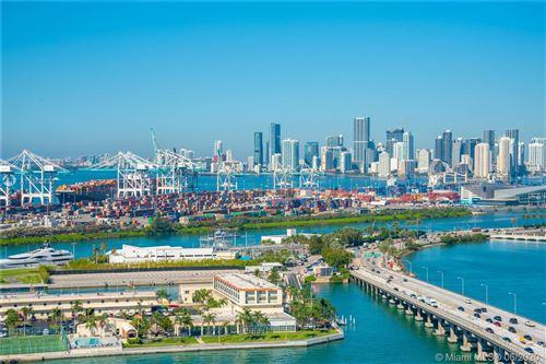 Foto de inmueble con direccion 450 Alton Rd #2505 Miami Beach FL 33139 con MLS A10868473