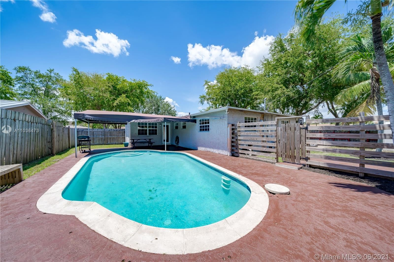503 S 58th Ter, Hollywood, FL 33023 - #: A11036473