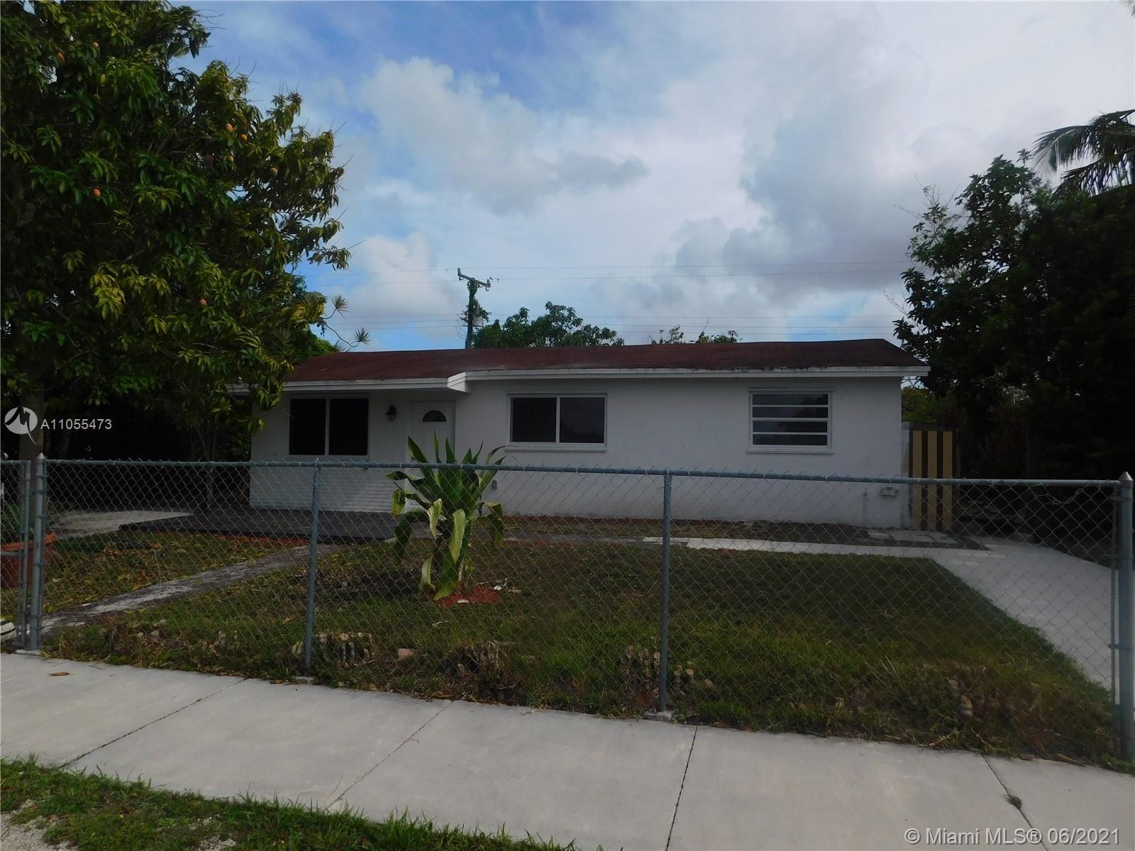 11450 SW 199th St, Miami, FL 33157 - #: A11055473