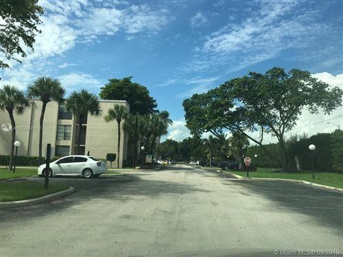 Photo of 21 Royal Palm Way #6040, Boca Raton, FL 33432 (MLS # A10729474)
