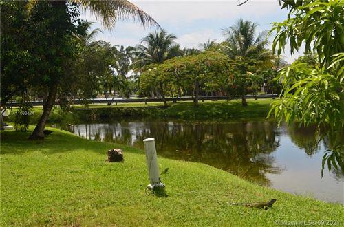 Photo of 6966 SW 110th Pl #6966, Miami, FL 33173 (MLS # A11099474)