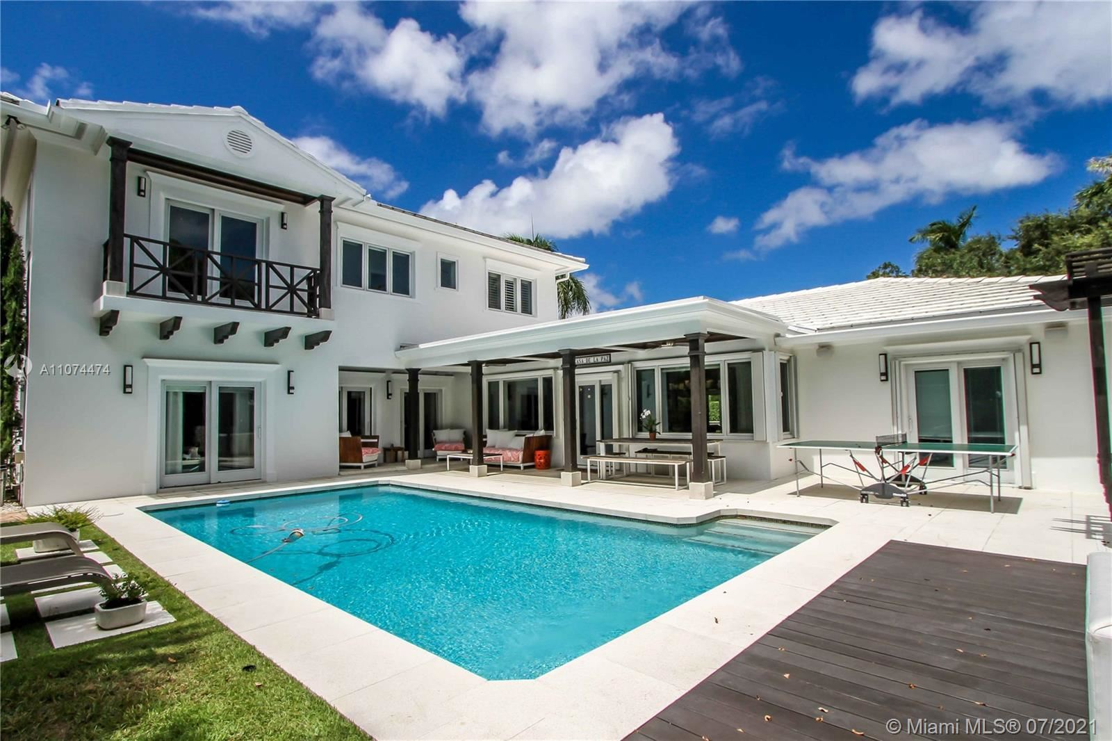 1250 Monroe St, Hollywood, FL 33019 - #: A11074474