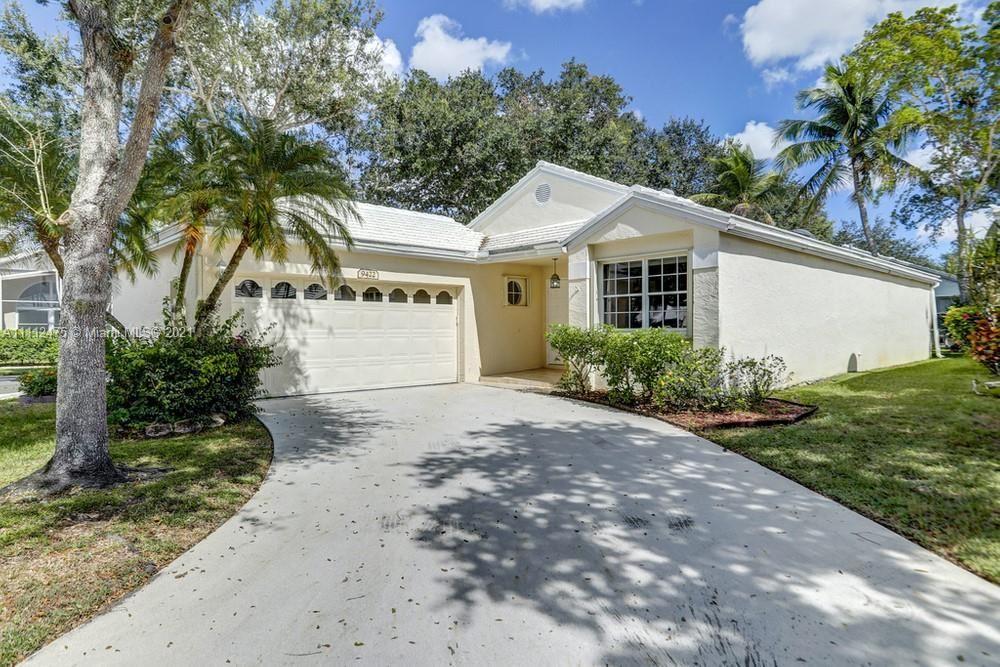Photo of 9422 NW 8th Circle #9422, Plantation, FL 33324 (MLS # A11112475)