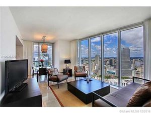 Foto de inmueble con direccion 485 BRICKELL AVE #4404 Miami FL 33131 con MLS A10535476
