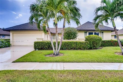 Photo of 10236 Greentrail Drive, Boynton Beach, FL 33436 (MLS # A11105477)
