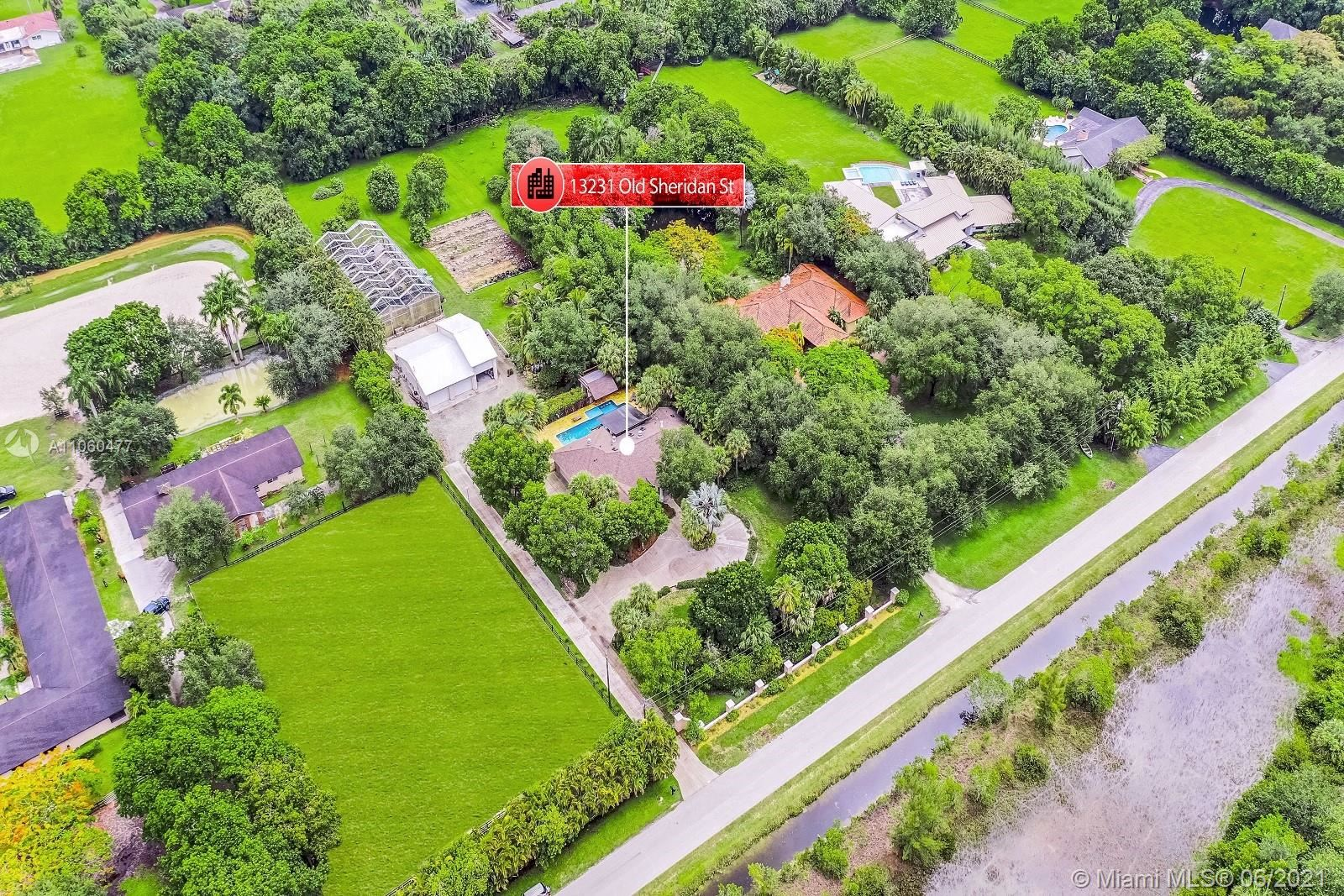 13231 Old Sheridan St, SouthWest Ranches, FL 33330 - #: A11060477