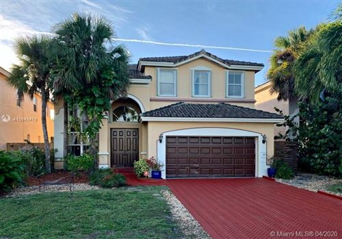 Photo of Listing MLS a10843479 in 4374 SW 161st Pl Miami FL 33185
